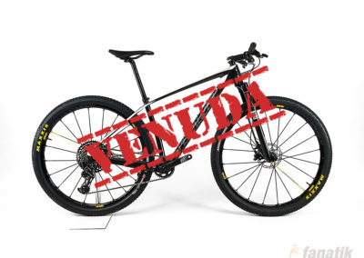 Specialized: Stumpjumper Comp Carbon
